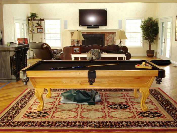 Crunch pool table with golden oak finish for Oak beauty pool table
